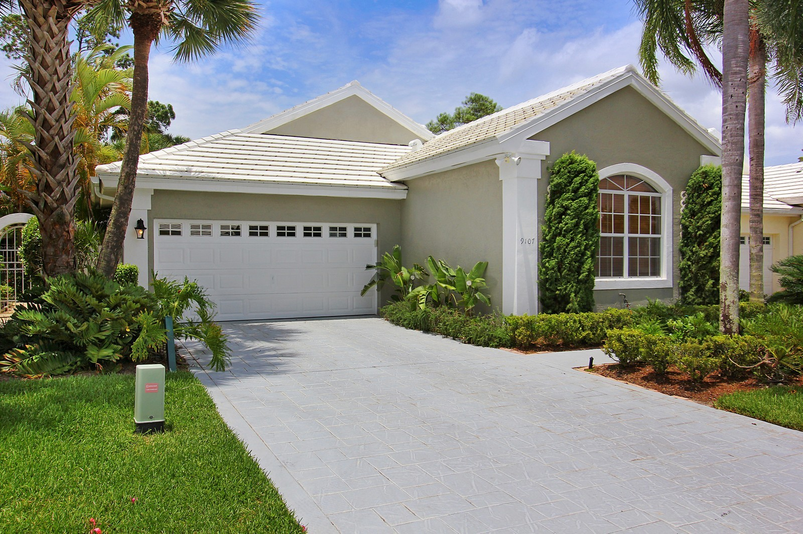 Real Estate Photography - 9107 BAYBURY Lane, West Palm Beach, FL, 33411 - Front View