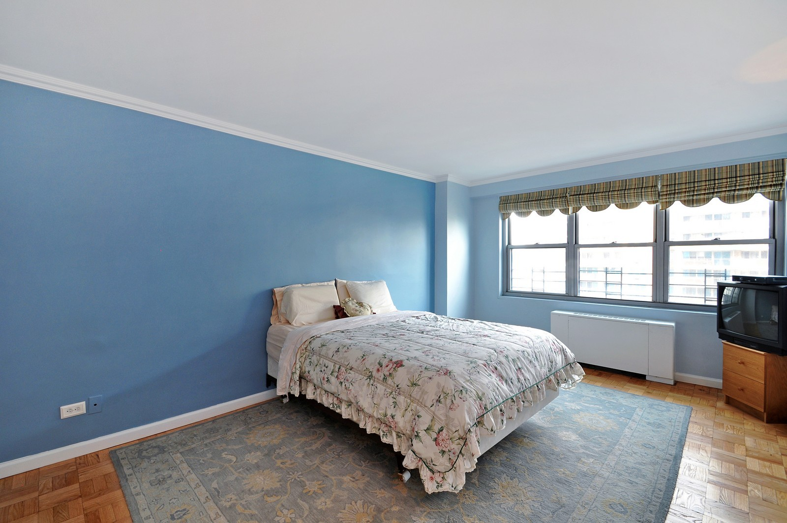 Real Estate Photography - 1805 215th St, Bayside, NY, 11360 - Master Bedroom