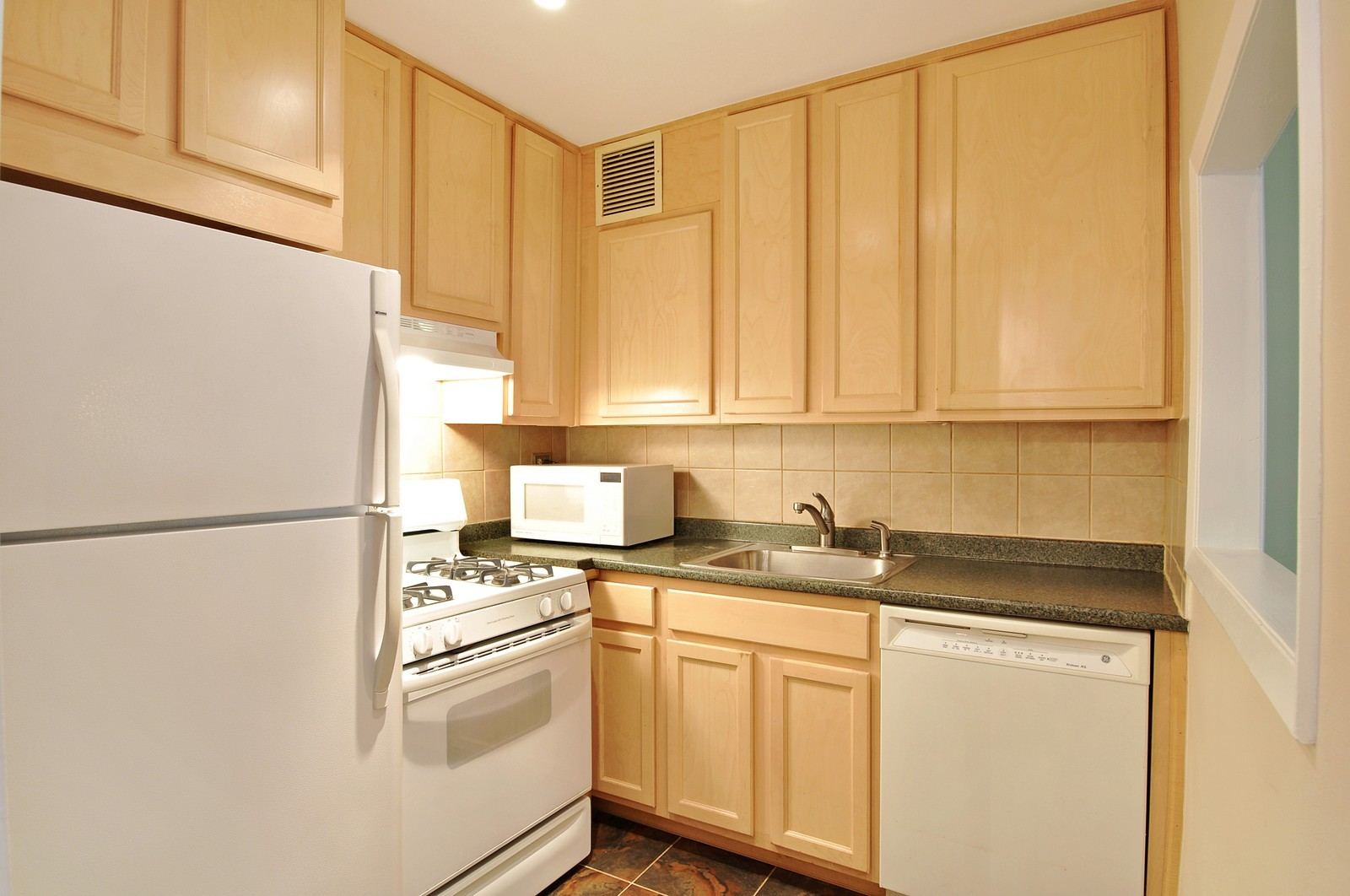 Real Estate Photography - 1805 215th St, Bayside, NY, 11360 - Kitchen