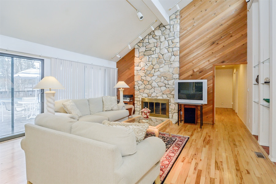Real Estate Photography - 12 Deer Path, Quogue, NY, 11959 - Great Room