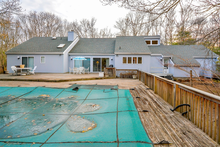 Real Estate Photography - 12 Deer Path, Quogue, NY, 11959 - Rear View