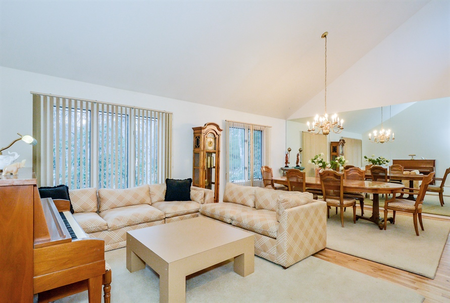 Real Estate Photography - 12 Deer Path, Quogue, NY, 11959 - Living Room / Dining Room