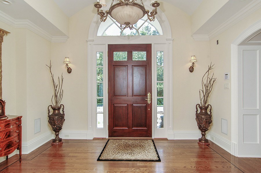 Real Estate Photography - 46 Morgan Dr, Old Westbury, NY, 11568 - Foyer