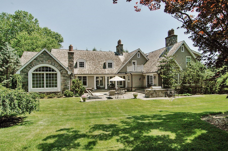 Real Estate Photography - 46 Morgan Dr, Old Westbury, NY, 11568 - Rear View