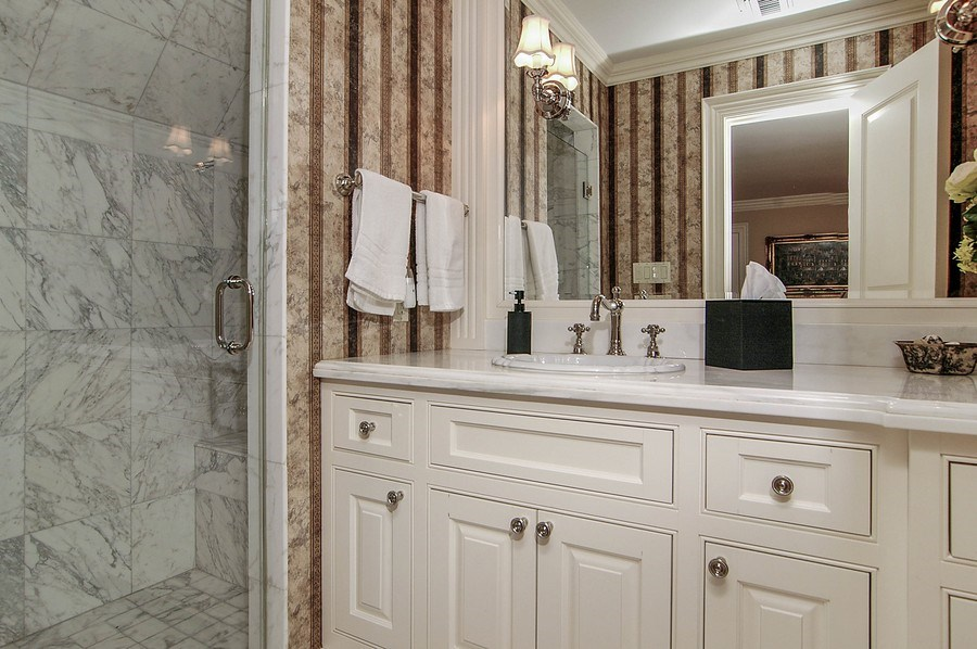 Real Estate Photography - 46 Morgan Dr, Old Westbury, NY, 11568 - Bathroom