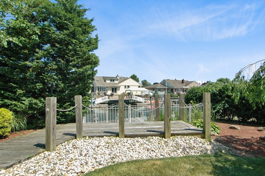 Real Estate Photography - 208 Bay Dr, Massapequa, NY, 11758 - View