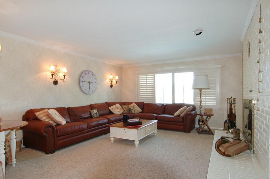 Real Estate Photography - 208 Bay Dr, Massapequa, NY, 11758 - Family Room