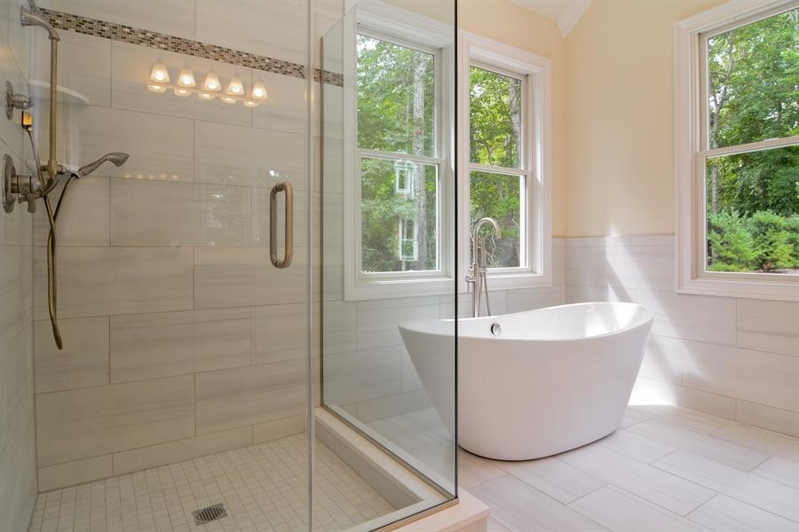 Real Estate Photography - 114 Laurel Valley, Sag Harbor, NY, 11963 - Bathroom