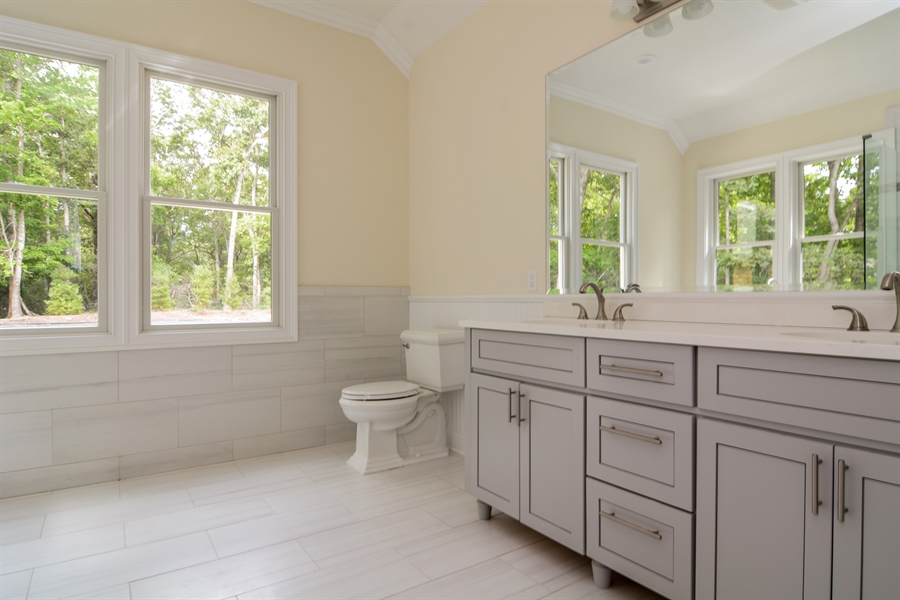Real Estate Photography - 114 Laurel Valley, Sag Harbor, NY, 11963 - 2nd Bathroom
