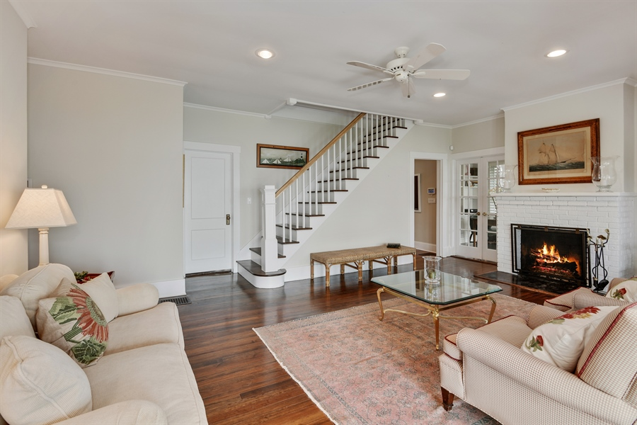 Real Estate Photography - 7080 Great Peconic Bay Blvd, Laurel, NY, 11948 - Living Room