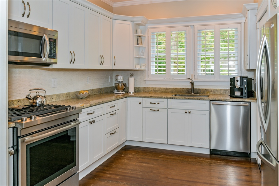Real Estate Photography - 7080 Great Peconic Bay Blvd, Laurel, NY, 11948 - Kitchen