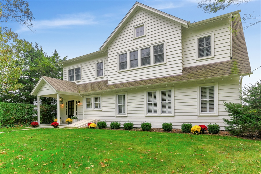Real Estate Photography - 7080 Great Peconic Bay Blvd, Laurel, NY, 11948 - Front View