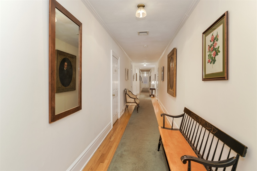 Real Estate Photography - 108 Ram Island Dr, Shelter Island, NY, 11964 - 2nd Floor Corridor