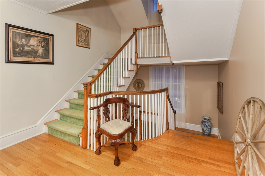 Real Estate Photography - 108 Ram Island Dr, Shelter Island, NY, 11964 - Staircase