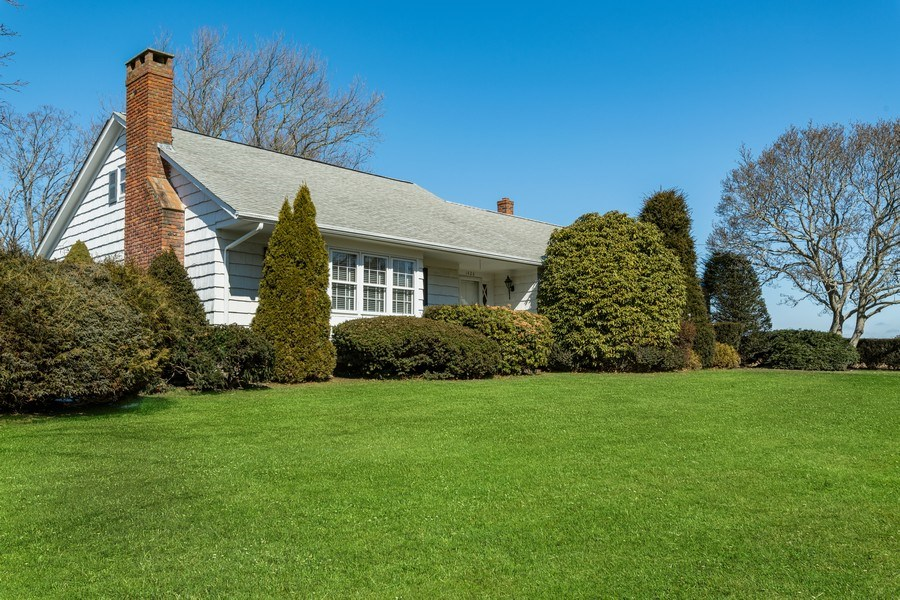 Real Estate Photography - 1428 Peconic Bay Blvd, Laurel, NY, 11948 - Front View