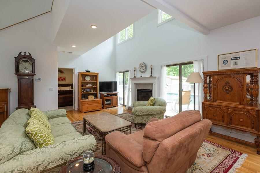Real Estate Photography - 9 Wheeler Rd, Shelter Island, NY, 11964 - Living Room