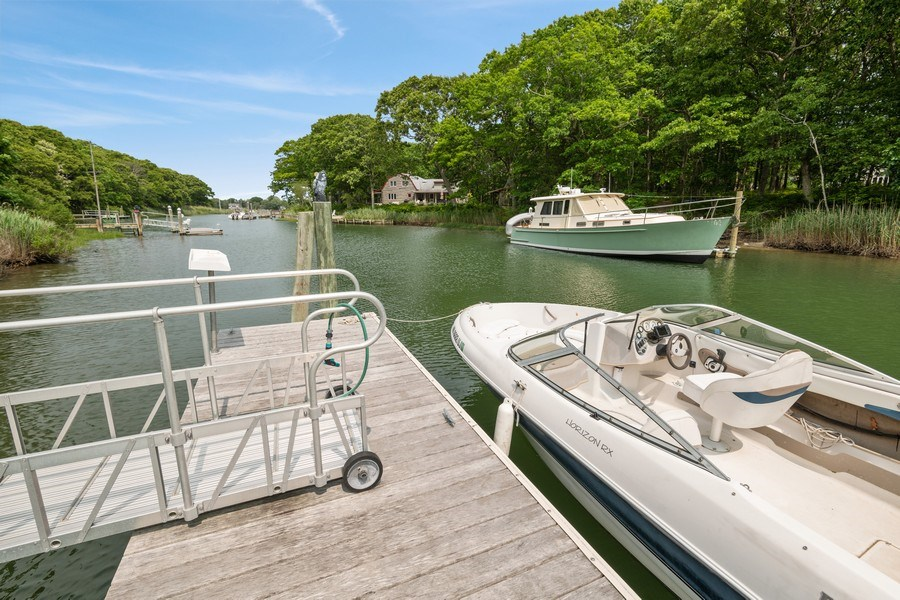 Real Estate Photography - 9 Wheeler Rd, Shelter Island, NY, 11964 - Waterfront