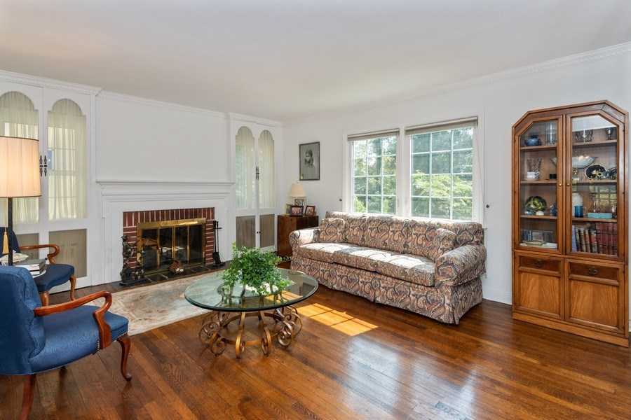 Real Estate Photography - 20 Oakland Drive, Port Washington, NY, 11050 - Living Room