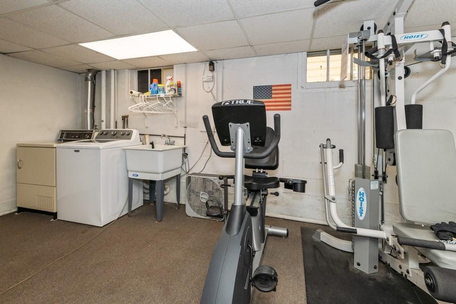 Real Estate Photography - 20 Oakland Drive, Port Washington, NY, 11050 - Laundry Room