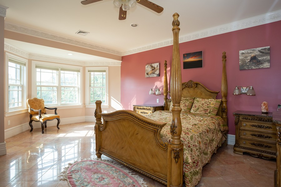 Real Estate Photography - 8 Old Schoolhouse Rd, Manorville, NY, 11949 -