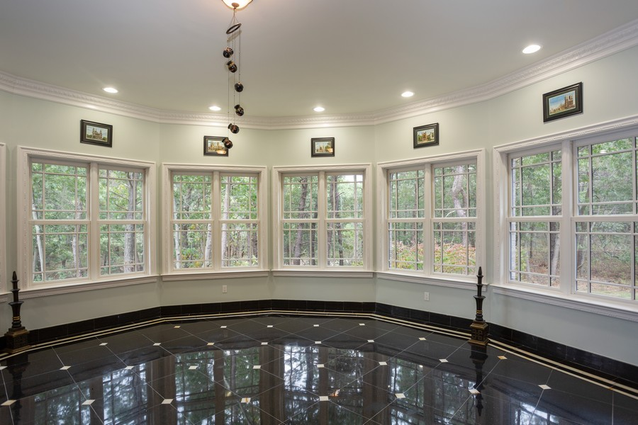 Real Estate Photography - 8 Old Schoolhouse Rd, Manorville, NY, 11949 - Sunroom