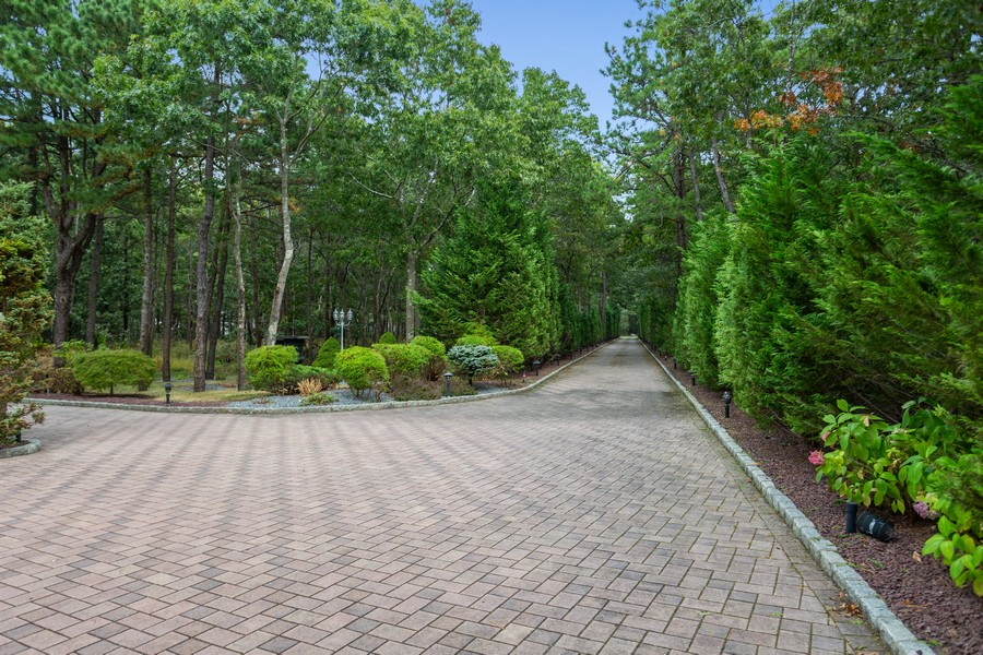 Real Estate Photography - 8 Old Schoolhouse Rd, Manorville, NY, 11949 - Paver Stone Driveway