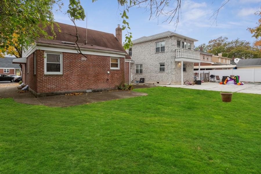 Real Estate Photography - 76-29 Hewlett St, New Hyde Park, NY, 11040 -