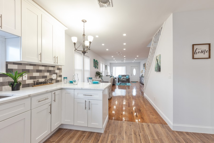 Real Estate Photography - 133-42 244 St, Rosedale, NY, 11422 - Kitchen