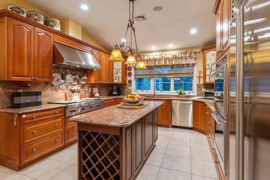 Real Estate Photography - 19 Townsend Rd, Glen Cove, NY, 11542 - Kitchen