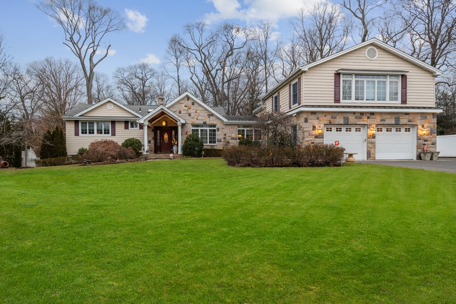 Real Estate Photography - 19 Townsend Rd, Glen Cove, NY, 11542 - Front View