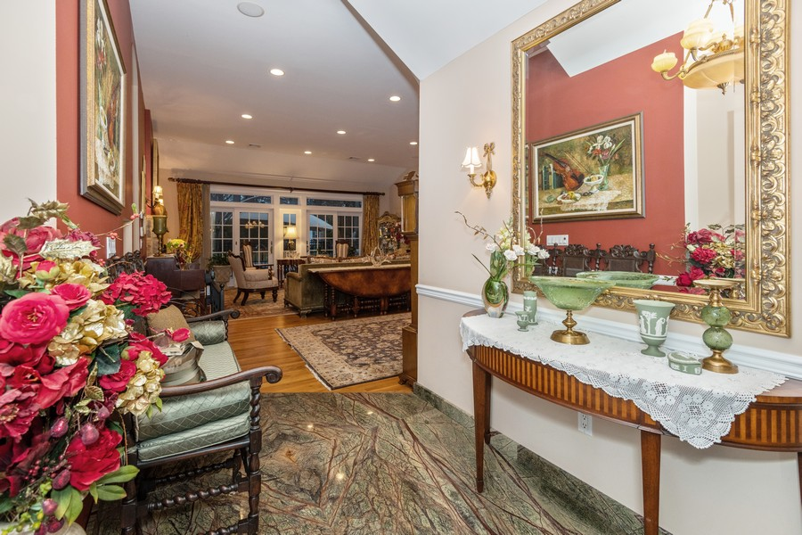 Real Estate Photography - 19 Townsend Rd, Glen Cove, NY, 11542 - Foyer