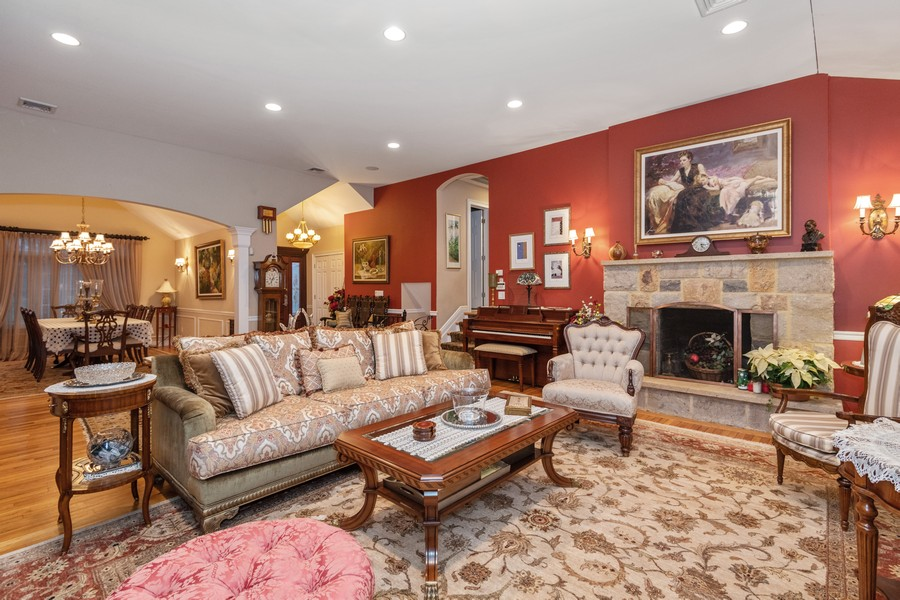 Real Estate Photography - 19 Townsend Rd, Glen Cove, NY, 11542 - Dining Room