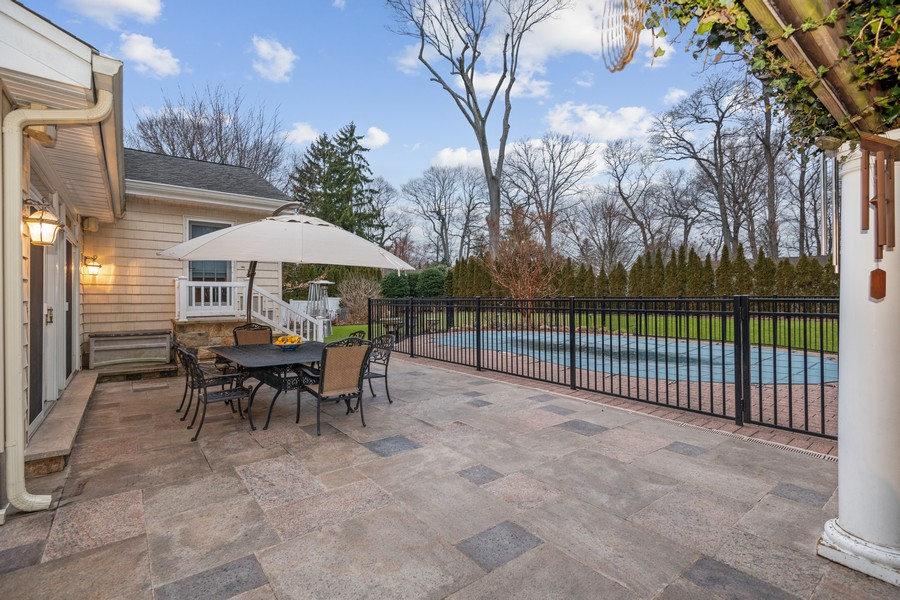 Real Estate Photography - 19 Townsend Rd, Glen Cove, NY, 11542 - Patio