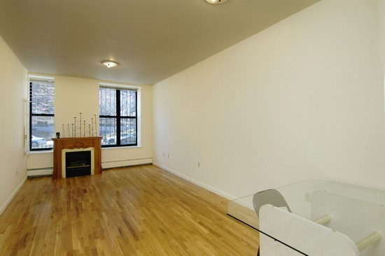 Real Estate Photography - 371 W 117th St, Apt 1C, New York, NY, 10022 - Living Room