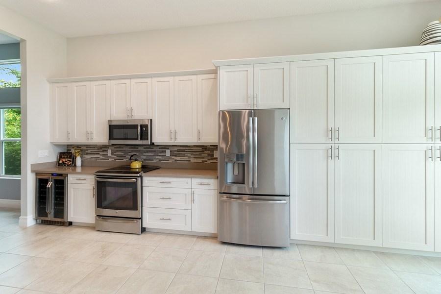 Real Estate Photography - 8880 Golden Mountain Circle, Boynton Beach, FL, 33473 - Kitchen