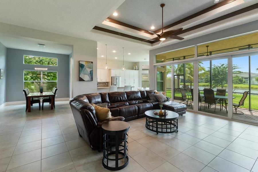 Real Estate Photography - 8880 Golden Mountain Circle, Boynton Beach, FL, 33473 - Great Room