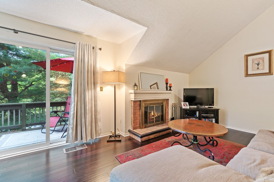 Real Estate Photography - 10A Heritage Hills, Somers, NY, 10589 - Living Room