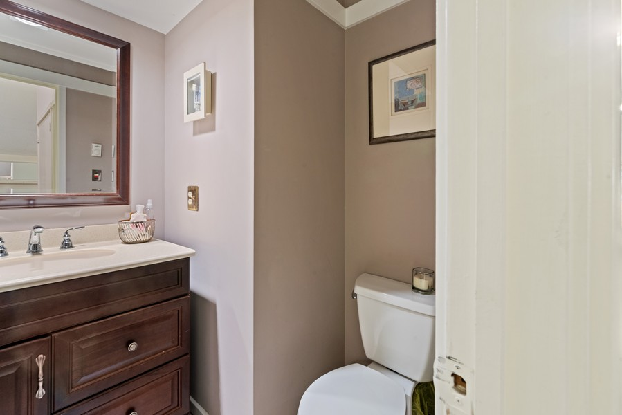 Real Estate Photography - 10A Heritage Hills, Somers, NY, 10589 - Powder Room