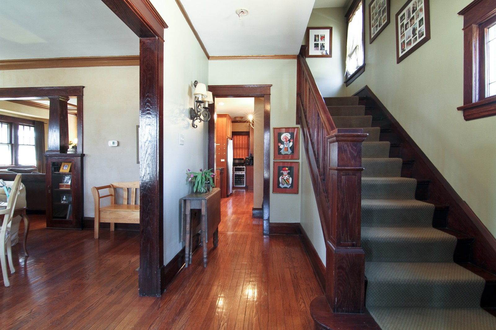 Real Estate Photography - 338 S. 8th, La Grange, IL, 60525 - Foyer