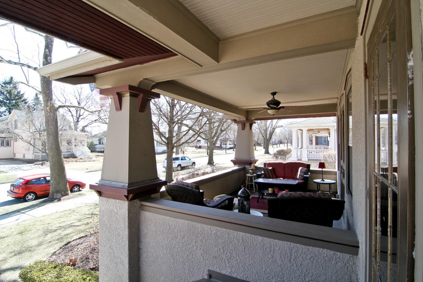 Real Estate Photography - 338 S. 8th, La Grange, IL, 60525 - Porch