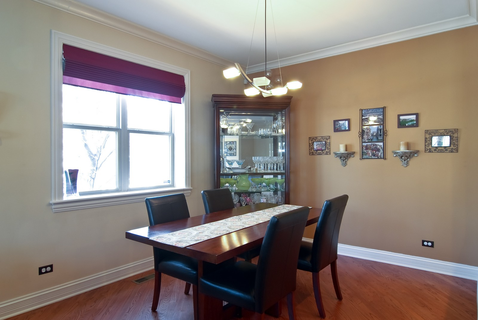 Real Estate Photography - 2217 N. Oakley, 1N, Chicago, IL, 60647 - Dining Room