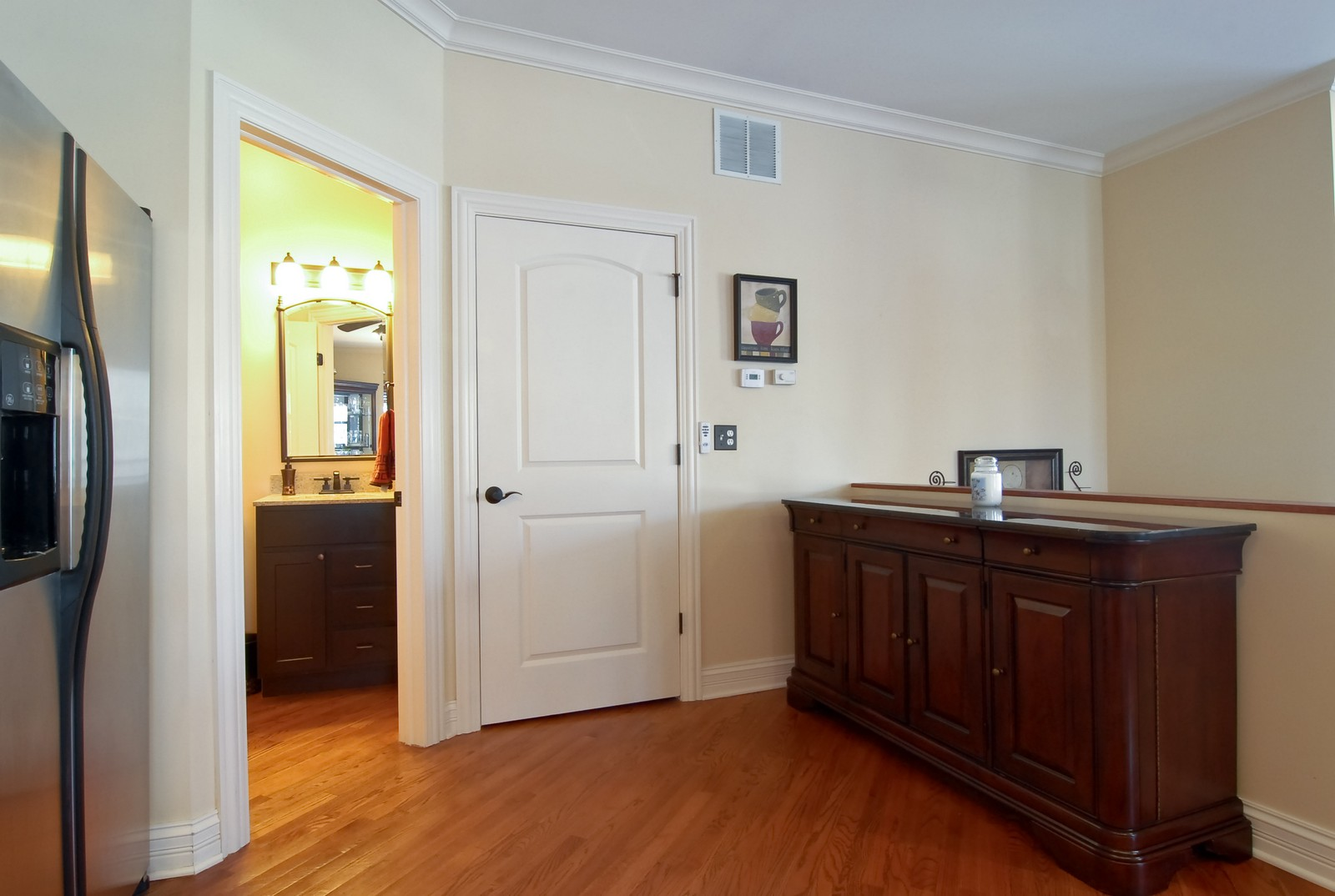 Real Estate Photography - 2217 N. Oakley, 1N, Chicago, IL, 60647 - Den