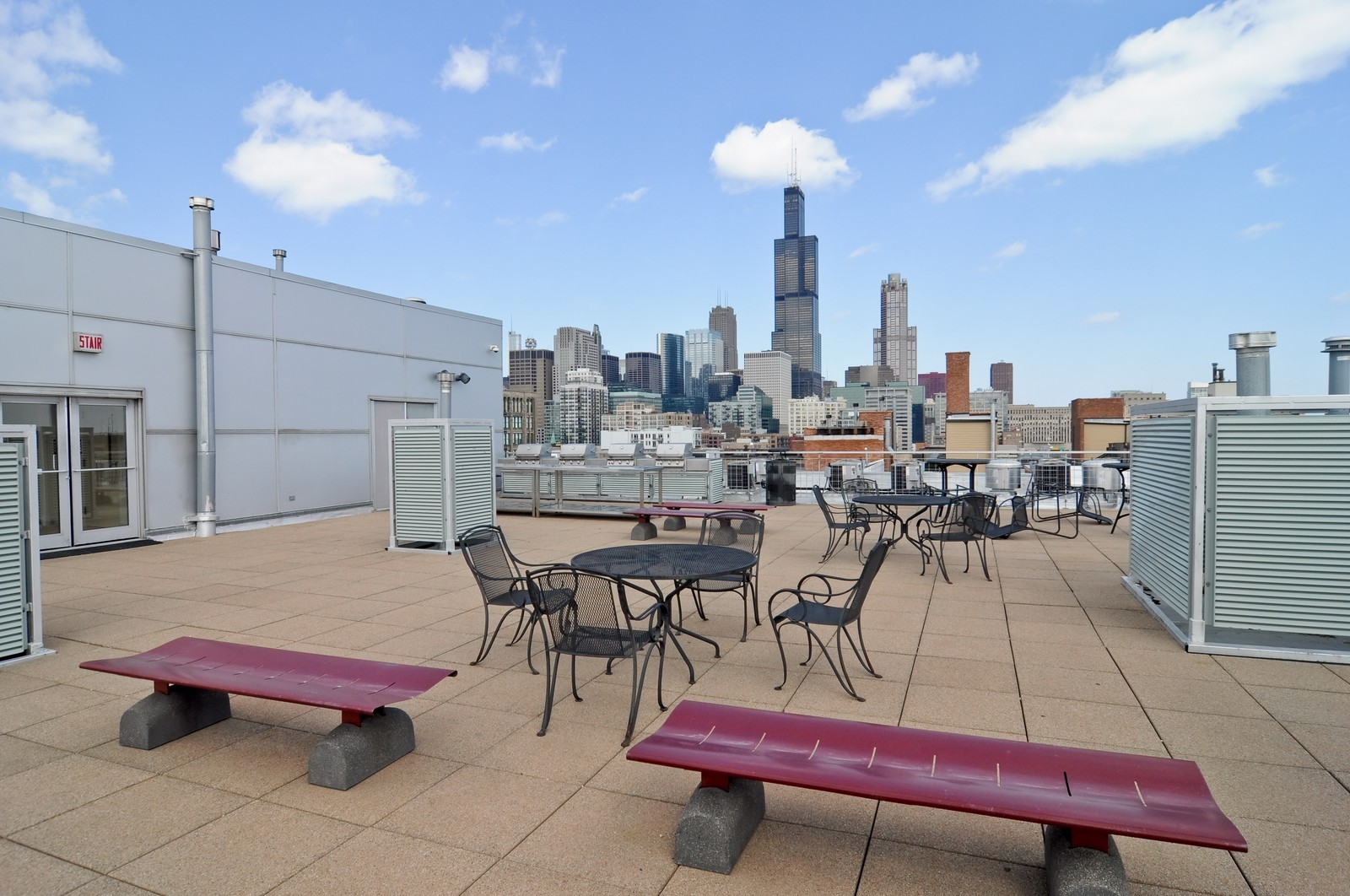 Real Estate Photography - 933 W. Van Buren, 619, Chicago, IL, 60607 - Roof Deck