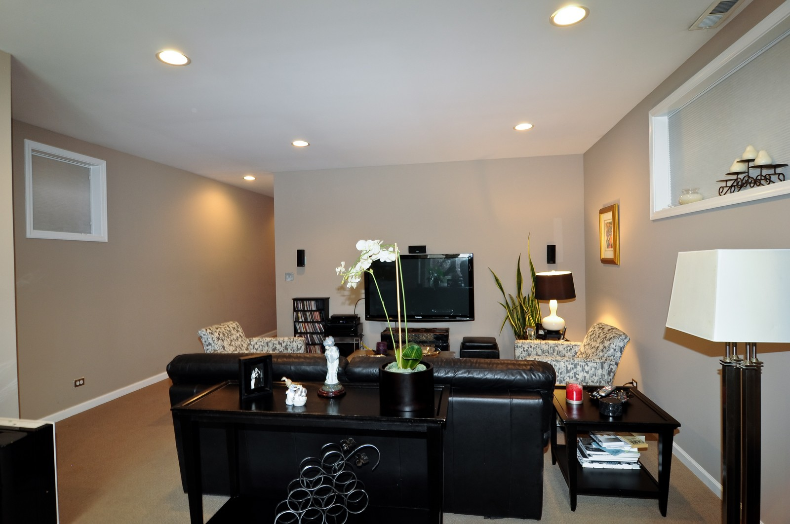 Real Estate Photography - 1414 W. Chestnut, 1, Chicago, IL, 60622 - Family Room