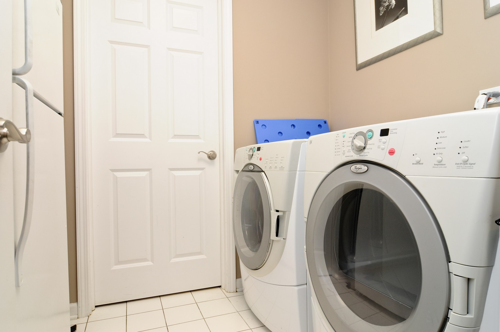 Real Estate Photography - 1414 W. Chestnut, 1, Chicago, IL, 60622 - Laundry Room