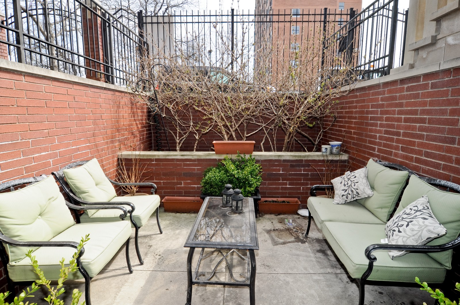 Real Estate Photography - 1414 W. Chestnut, 1, Chicago, IL, 60622 - Patio