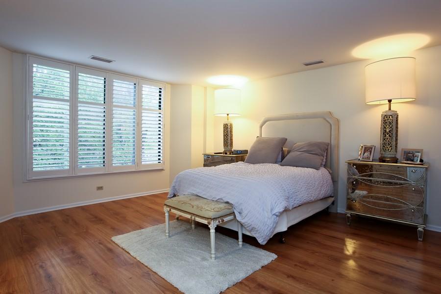 Real Estate Photography - 1401 Burr Oak Rd, Unit 202C, Hinsdale, IL, 60521 - Master Bedroom