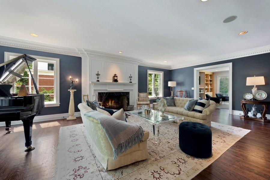 Real Estate Photography - 9420 Hamlin Ave., Evanston, IL, 60203 - Living Room