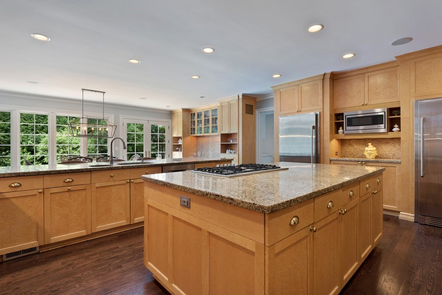Real Estate Photography - 9420 Hamlin Ave., Evanston, IL, 60203 - Kitchen