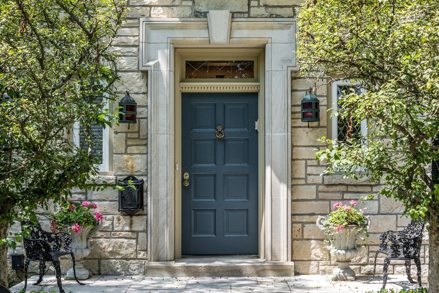 Real Estate Photography - 9420 Hamlin Ave., Evanston, IL, 60203 - Entrance